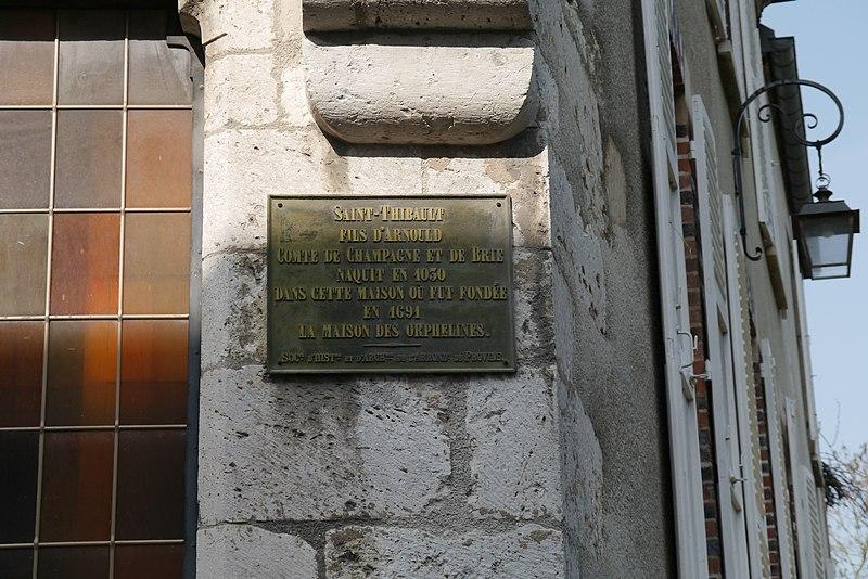 File maison de saint thibault provins plaque jpg for Plaque nom de maison