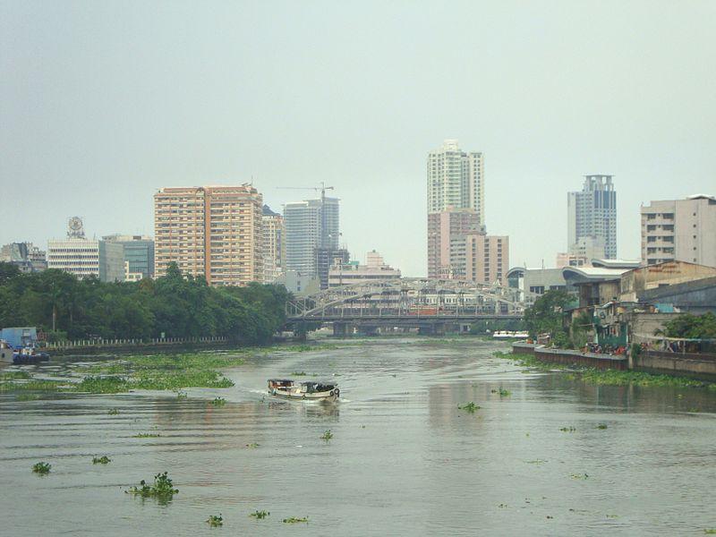 File:Manila-quiapo-river-2010-01.jpg