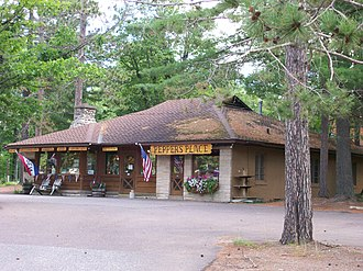 Manitowish Waters, Wisconsin - Image: Manitowish Waters gift shop