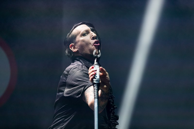 File:Marilyn Manson - 2018153011914 2018-06-01 Rock am Ring - 1D X MK II - 1214 - B70I1285.jpg