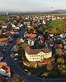 Marloffsteiner Schloss Luftaufnahme (2019).jpg