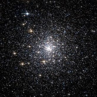 Messier 70 - Image: Messier 70 Hubble Wiki Sky