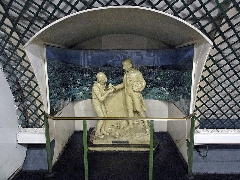 File:Metro de Paris - Ligne 3 - Parmentier 09.jpg