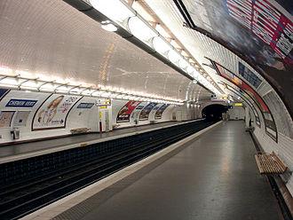 Chemin Vert (Paris Métro) - Image: Metro de Paris Ligne 8 Chemin Vert 01