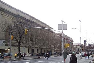 Street view of the Met Metropolitan-museum-of-art.jpg