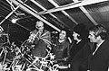 Mevrouw J. Broz (echtgenote President Tito) en Prinses Beatrix bezoeken een kwek, Bestanddeelnr 923-9431.jpg