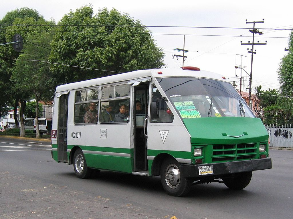 File:Mexico city microbus 1.jpg - Wikimedia Commons