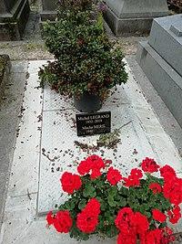 Michel Legrand tombe.jpg