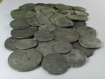 Middleham Hoard (YORYM-1995.109) Selection of coins from the side.JPG