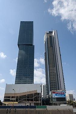 Midtown TLV Complex 01.jpg