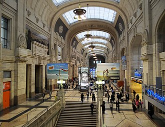 Milan Central railway station - A view of the arrival hall