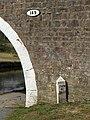 Milestone at Mill Hill Bridge - geograph.org.uk - 1766747.jpg
