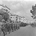 Militaire eenheden tijdens de militaire parade in Haifa bij gelegenheid van de e, Bestanddeelnr 255-0991.jpg