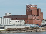Molson Brewery, Montréal, South view 20170410 1.jpg