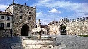 Abbey of Santa María la Real de Las Huelgas - Tower of Alfonso XI, part of the former City Walls, and belongs to Las Huelgas.