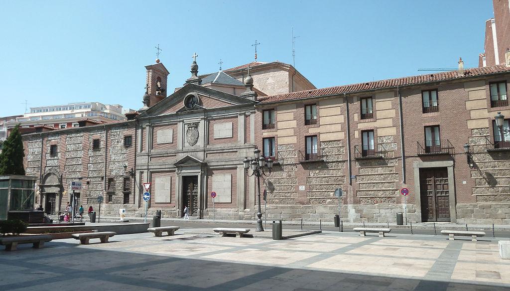 Fachada principal del Monasterio de las Descalzas Reales