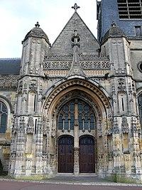 Montdidier église St-Pierre (portail).jpg