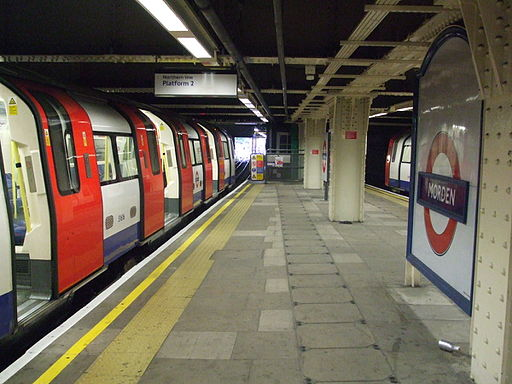 Morden station platform 2 look south2
