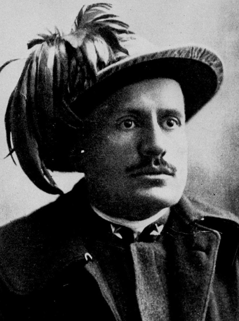 Mussolini bersagliere