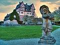 Nürnberg-(Schloss Neunhof-9-Zwerg mit Bratwürsten-2)-damir-zg.jpg
