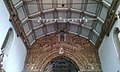 Nave central da igreja de Santa Maria.jpg