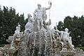 Neptunbrunnen-IMG 4808.JPG