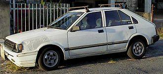 Nissan Pulsar - Nissan Langley (N12) 5-door sedan (Japan)