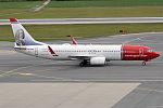 Norwegian, LN-DYE, Boeing 737-8JP (23033827912).jpg