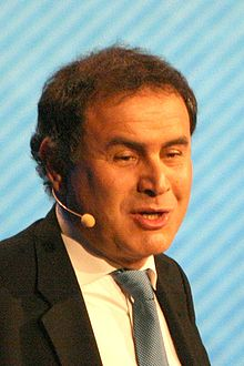 http://upload.wikimedia.org/wikipedia/commons/thumb/a/a5/Nouriel_Roubini_05.jpg/220px-Nouriel_Roubini_05.jpg