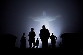Obama family in mist in Rio de Janeiro.jpg