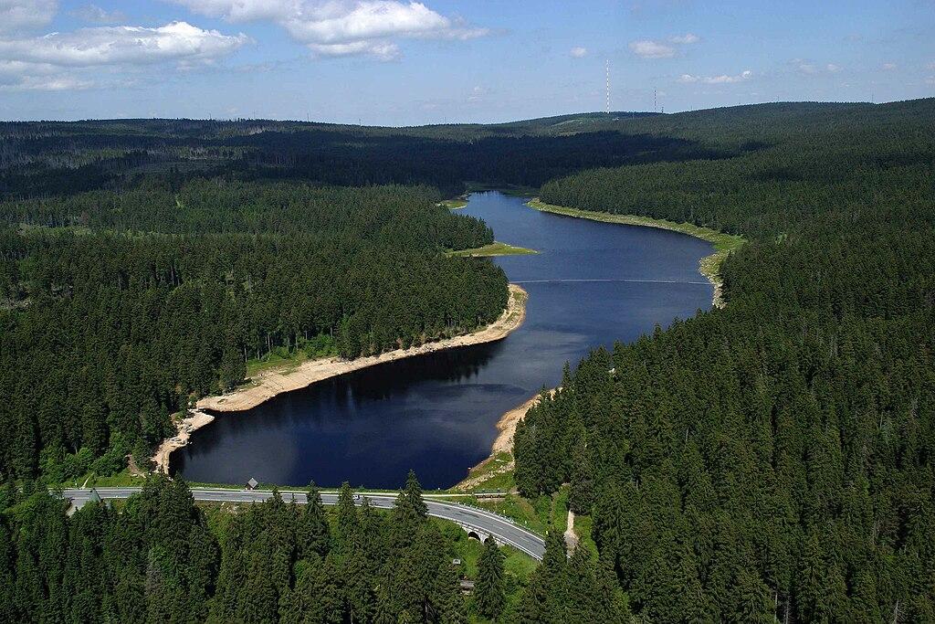 Oderteich bei St. Andreasberg (UNESCO-Weltkulturerbe Oberharzer Wasserwirtschaft)