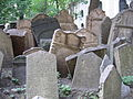 Old Jewish Cemetery, Prague 021.jpg