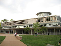Olin Library - Danforth Campus at Washington University in St. Louis.jpg