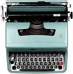 Olivetti Lettera 32 Typewriter.jpg