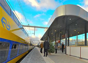 Amsterdam Science Park railway station - The train station on the day of the official opening