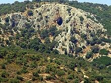 La grotta dell'Oracolo di Orfeo ad Antissa, sull'isola di Lesbo.