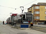 Outbound train at Taraval and 23rd Street, June 2017.JPG
