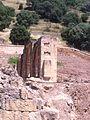 Pórtico del alcázar de perfil - Medina Azahara.jpg