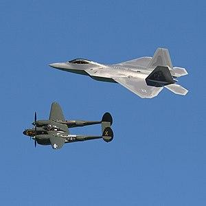P-38 and F-22.jpg