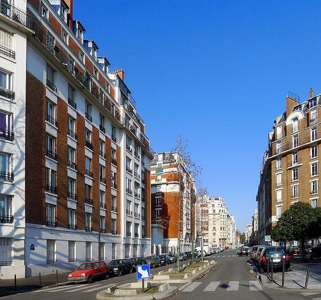 Fichier:P1080234 Paris XVI avenue Marcel-Doret rwk.JPG