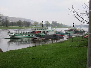 """PD """"Kurort Rathen"""" an der Werft Laubegast April 2012.JPG"""