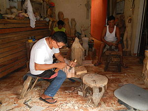 Paete - Wood carving shop in Paete