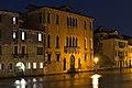 Palazzo Giovannelli Canal Grande Venezia notte.jpg