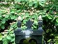 Pantin cimetiere parisien tombes juives en été 3.jpg