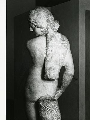 Apollo (Michelangelo) - Rear view. Photo by Paolo Monti, 1981)