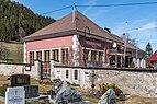 Paternion Kreuzen Friedhof und Volksschule 06042018 2869.jpg