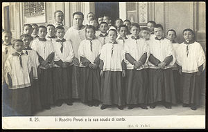 Sistine Chapel Choir - Don Perosi with his scuola di canto (singschool, c. 1905).