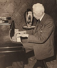 Peter Gielen, at the piano, at home, date unknown.jpg