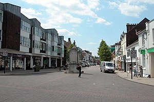 Petersfield - Image: Petersfield High Street geograph.org.uk 17503