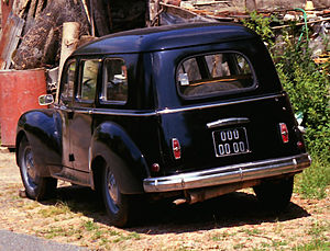 Peugeot 203 - 203 Familiale (family estate with 3 rows of seats)